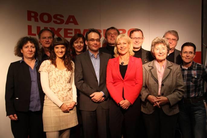 Der Vorstand der Rosa-Luxemburg-Stiftung, Petra Sitte erste von rechts.